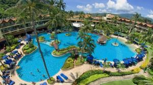 Pool_Merlin_Beach_Resort_2_1920x1080
